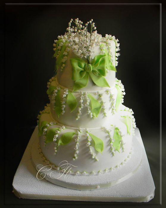 Wedding cake with lilies of the valley - by SPechenkina @ CakesDecor.com - cake decorating website