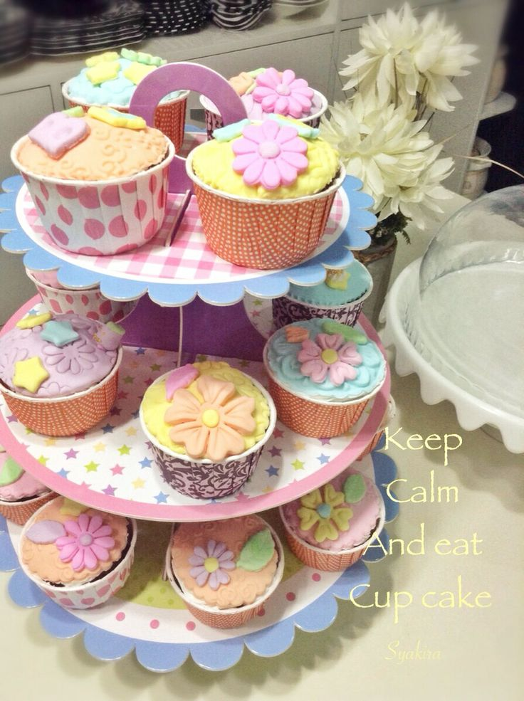 Another cup cakes