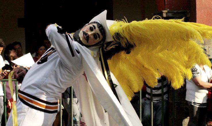 Carnaval de Tlaxcala. 15 fotos en Cuartoscuro: carnaval, feria y tragedias - Aristegui Noticias
