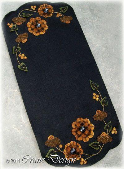 Crane Design by Jan Mott Wool Applique Penny Rug & Punchneedle Patterns