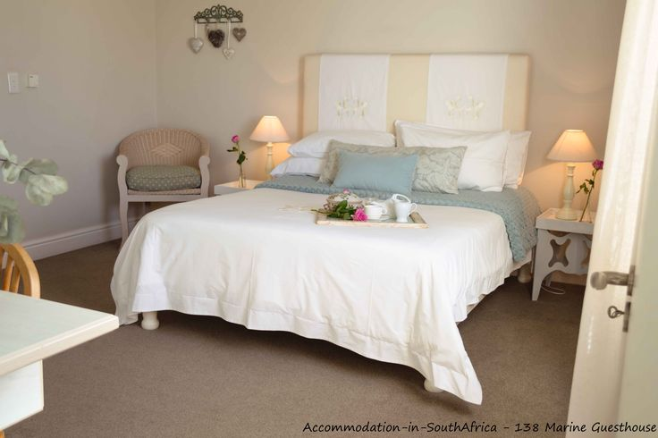 138 Marine Beachfront Guesthouse. Hermanus Guesthouses. Comfortable accommodation at 138 Marine Beachfront Guesthouse. Accommodation Hermanus.