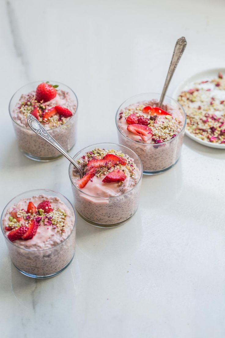 Rhubarb Strawberry Chia Pudding w/ Pistachio & Rose Dukkah (+ Weekend Links)