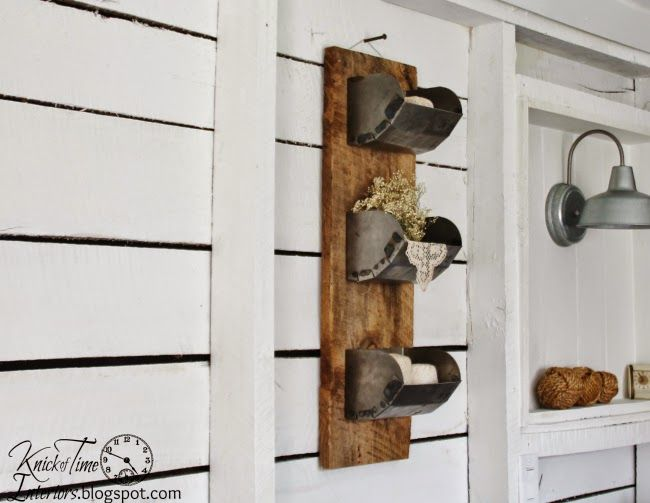 Reclaimed Wood And Metal Wall Shelves: 1000+ Ideas About Barn Wood Shelves On Pinterest