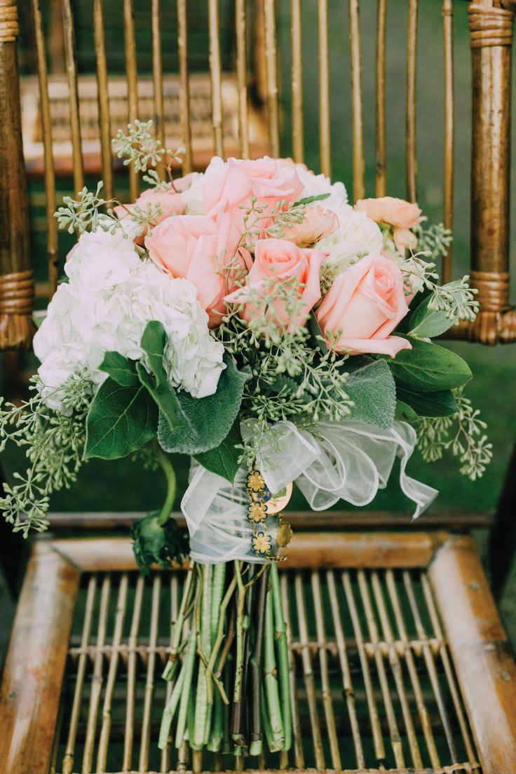 Pretty pink and white bouquet