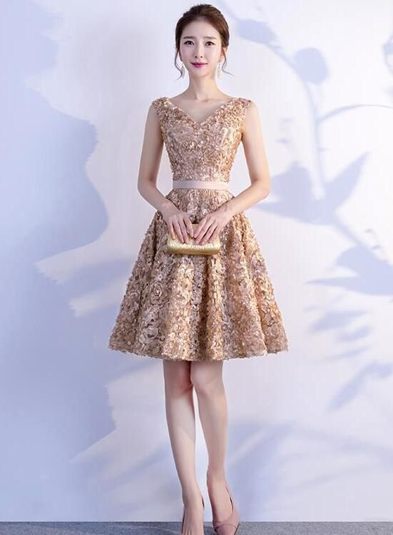 632bf699c23 Beautiful Floral V-neckline Knee Length Party Dress