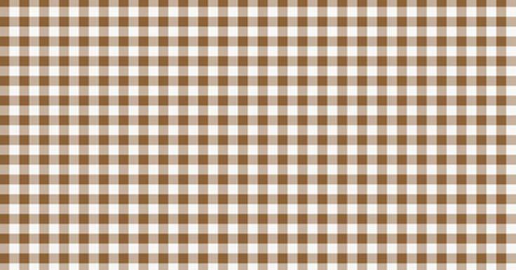 Como bordar um pé de galinha. O pé de galinha é um tipo de bordado comumente feito em tecido xadrez. Você pode rapidamente aprender a bordar esse ponto, que também é conhecido como bordado da depressão ou renda da depressão, mesmo se você nunca bordou antes. O estilo do bordado depende de três pontos comuns: ponto corrido, cruz duplo e alinhavo enlaçado. Esses pontos são os ...