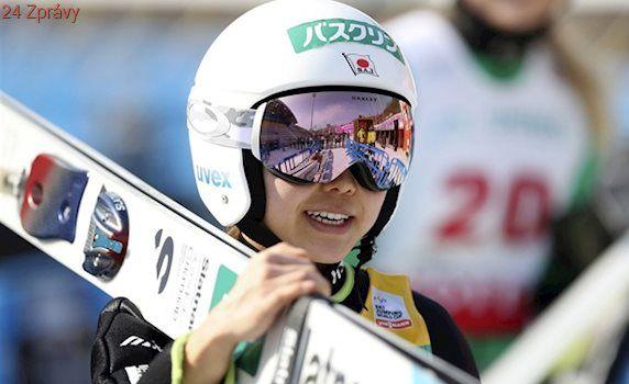 Takanašiová ve dvaceti počtvrté ovládla Světový pohár skokanek na lyžích