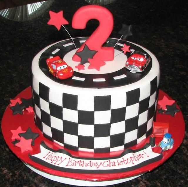 Cars+theme+checker+flag+birthday+cake+for+2-year-old.JPG (640×635)