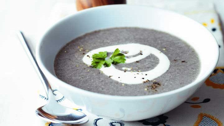 Mushroom, garlic and parsley soup| Recipes | Yours