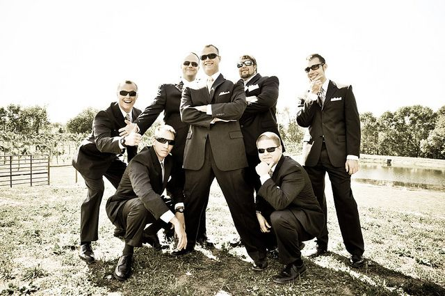groom with groomsmen wedding photography - 71.8KB