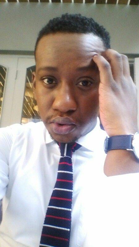 Knit tie, white shirt