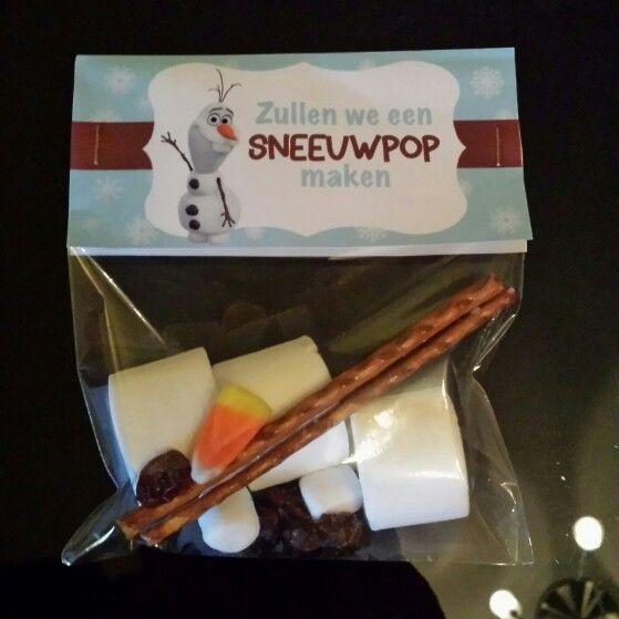Zullen we een sneeuwpop maken traktatie voor school of verjaardagsfeest. #Frozen #Olaf