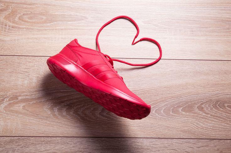 Toller roter Adidas Sneaker von #Deichmann für nur 59,90€ (Artikel-Nr. 1715223).
