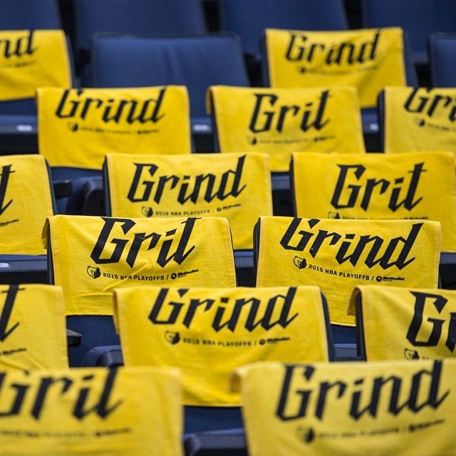 memgrizz's photo: #GrowlTowels going up, on a Tuesday! Join us tmrw @fedexforum for Gm2 v the #Blazers - 7pm and get your #GnG #GrowlTowels. Get tix @ grizzlies.com