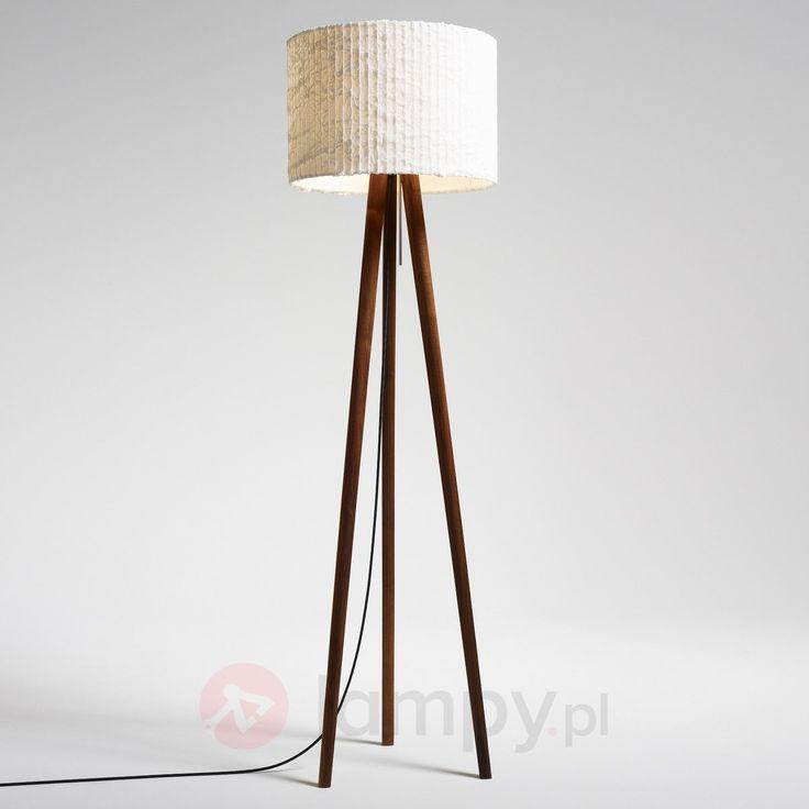 """Przepiękna stojąca lampa z długimi """"nogami"""". Więcej informacji na http://www.lampy.pl/Fascynujaca-lampa-stojaca-Sten-Cloud-orzech.html"""