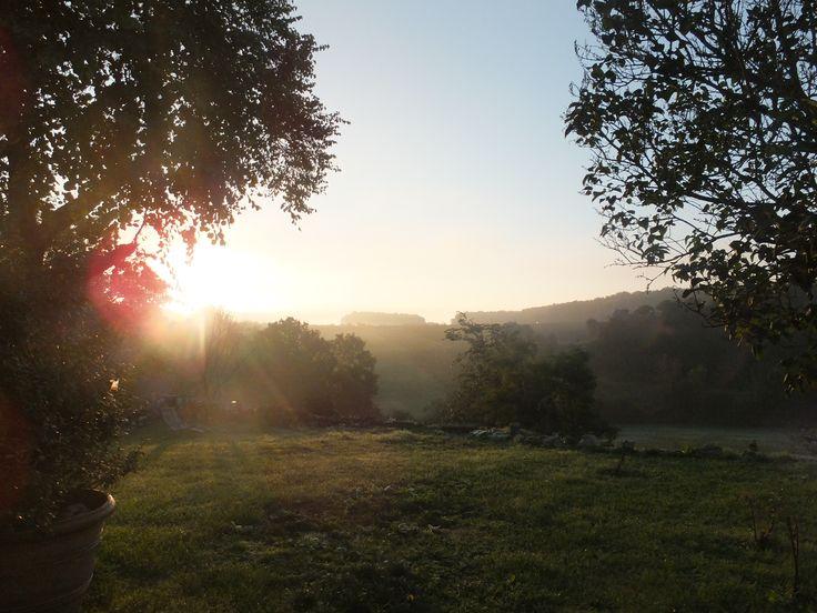 Zonsopgang op rosery gelegen in sembas lot et garonne for Chambre d hote lot et garonne