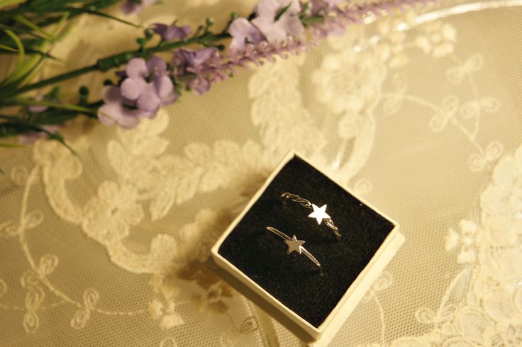 Star Rings. Sterling Silver.