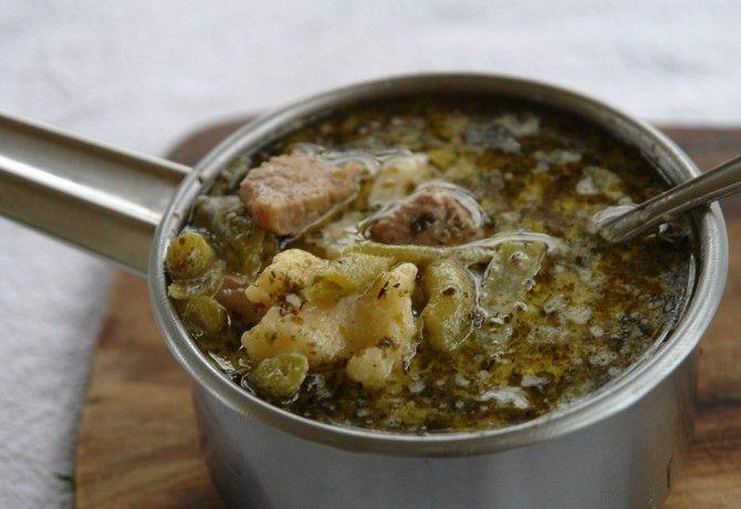 Pásztor leves Főzzünk kevés pénzből okosan! Spórolni úgy is lehet, ha laktató fogásokat készítünk, és így akár egy tál étellel is jóllakhatunk.