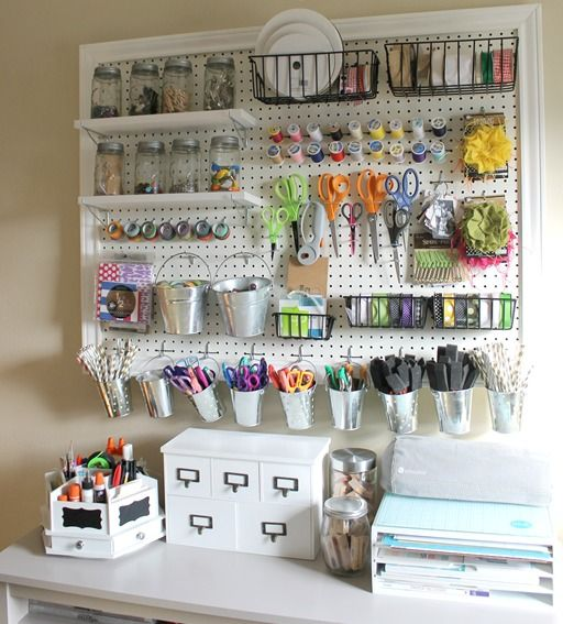 15 Ways to Organize Your Home Office #ABlissfulNest #InteriorDesign #Decorator #Stylist #Blissful #HappyHome #designtips #office #organization #organized #officeorganization