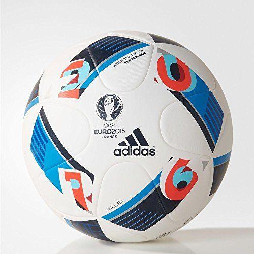 Passe, tire, tire, répéter depuis le début. Obtenir le meilleur parti de votre entraînement en utilisant un ballon pour éviter des touches précis résistants, à l'instar de ce modÚle inspiré de l'officiel UEFA EURO 2016 T. La surface transparente est … Lire la suite