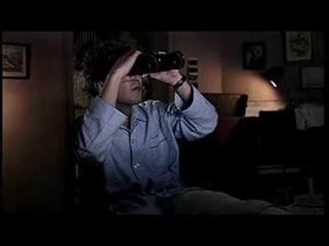 """hommage à """"fenêtre sur cour"""" d'Hitchcock dans le clip """"les voisines"""" de Renan Luce !"""