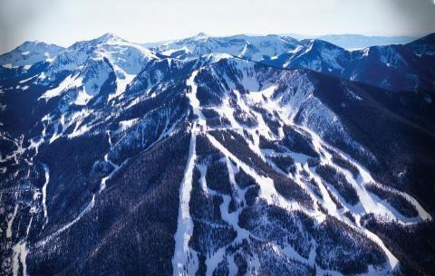 Stowe y Taos se unen al proyecto Mountain Collective, la competencia de Vail Resorts | Lugares de Nieve