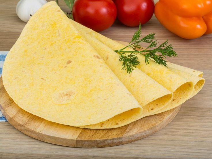 Le tortillas sono uno dei simboli della tradizione culinario messicana, che si possono realizzare con farina di mais o farina bianca