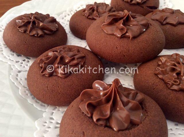 I nutellotti sono dei morbidi biscotti realizzati con frolla alla nutella. Semplici e velocissimi da preparare utilizzando solo 3 ingredienti