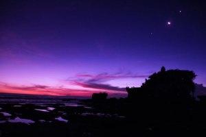 Just-after-Sunset-at-Tanah-Lot