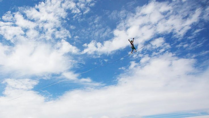 On July 23rd, Laetitia Gonnon alias Lets Go broke the Woman Highline World Record. She sent a 120 m highline full polyester, 100 m above the ground. She sent it…