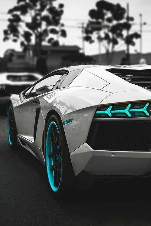 10 Lamborghini facts that will blow you away! Click to be amazed!