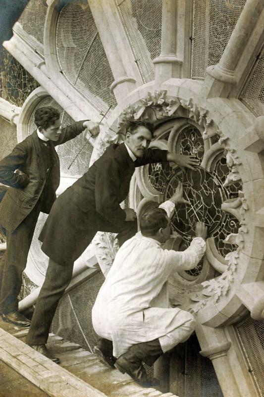 création et restauration des vitraux de la cathédrale de Reims, 1909 - Champagne-Ardenne