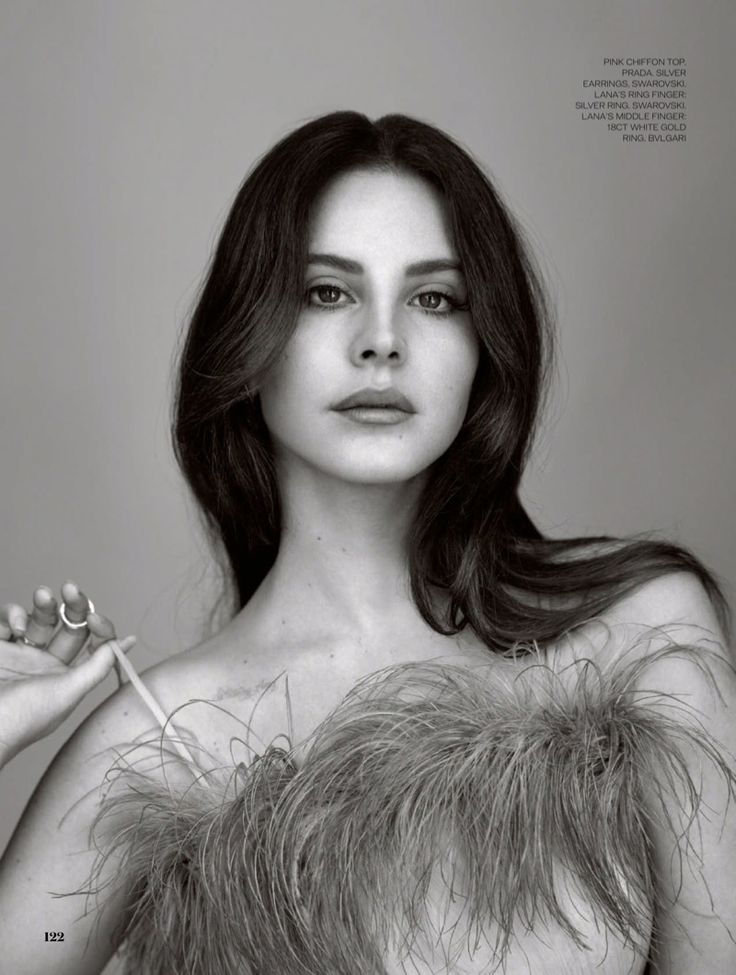 Lana Del Rey gets her close-up and wears Prada