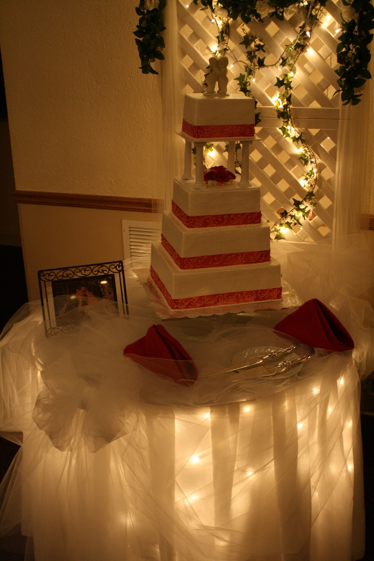 Wedding decorations tulle and lights   best Wedding decorations and cakes images on Pinterest  Wedding