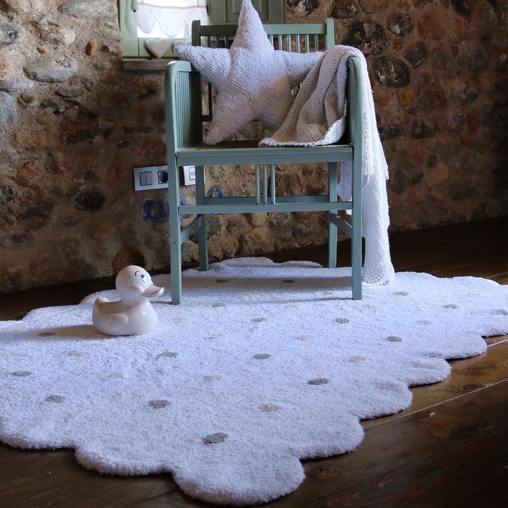 Back to one of the classics; our washable Lorena Canals rug Galleta White! #justkidding #kidsaccessories #babygear #babystyle #furniture #decor # nursery #bedtime #pregnant  #Dubai #KSA #GCC #Qatar #Kuwait #Bahrain #love