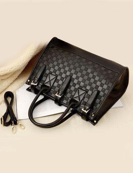 PU bortaska kaphato a webshopban! #divat #fashion #handbag #tanitafashion http://j.mp/PU-leather-tote-bag
