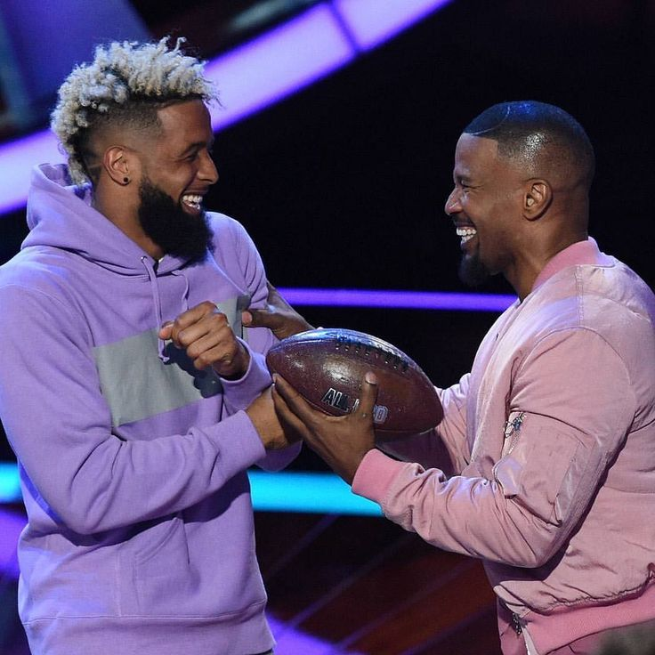 "1,019 Likes, 13 Comments - Odell Beckham Jr Fanpage (@objrdaily) on Instagram: ""East Coast #BeatShazam comes on in 10 minutes! Send me your videos #odellbeckhamjr #obj"""