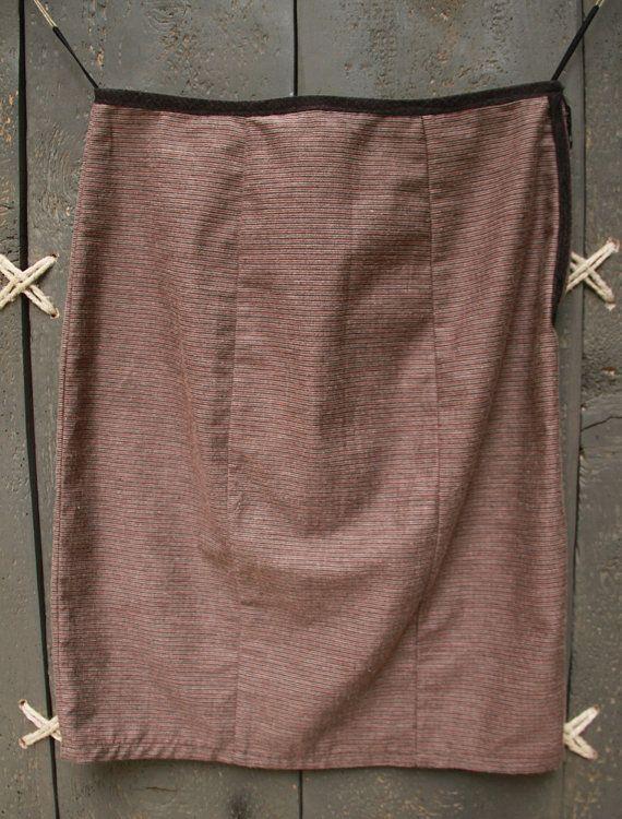 Eating The Goober reversible skirt, six-gore skirt, pencil skirt. One skirt - two looks!