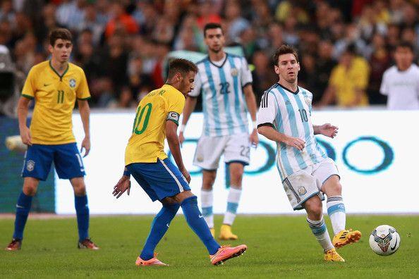 Безплатни прогнози за днешните футболни срещи от квалификациите за световното първенство: