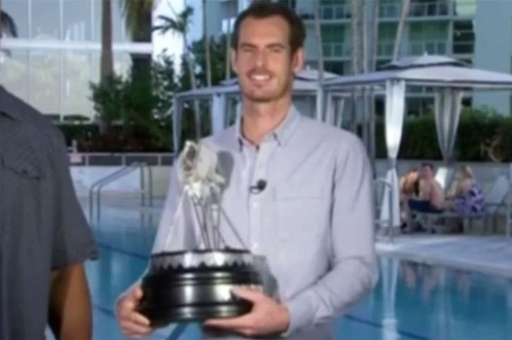 Andy Murray wins BBC Sports Personality of the Year as Leicester claim two awards
