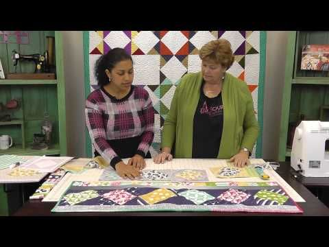 The Jenny's Tents Quilt: Easy Quilting Tutorial with Jenny Doan of Missouri Star…