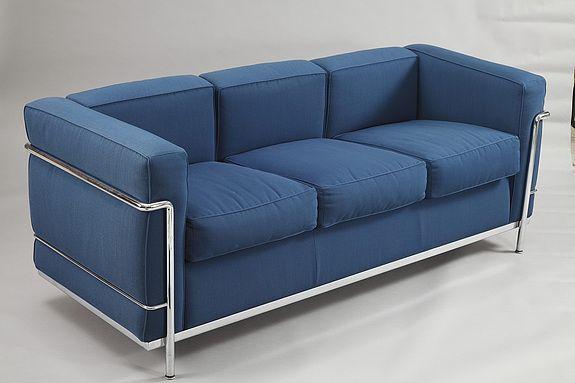 Les 99 meilleures images du tableau home decor design for Canape le corbusier lc2