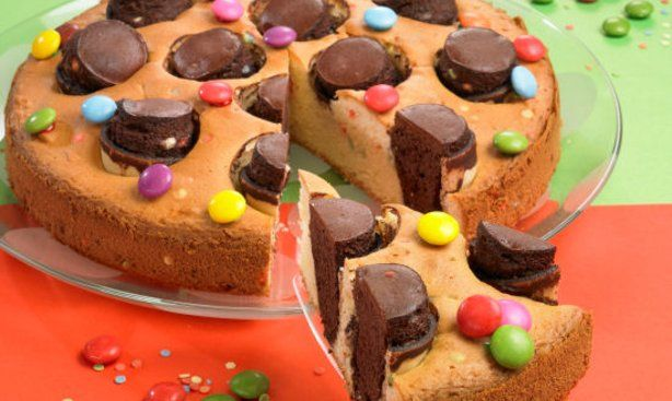 Kinder-Party-Kuchen mit Waffelbechern