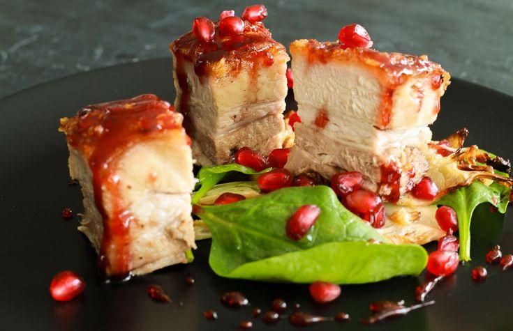 Pomegranate glazed toffee pork! www.amandainthekitchen.com