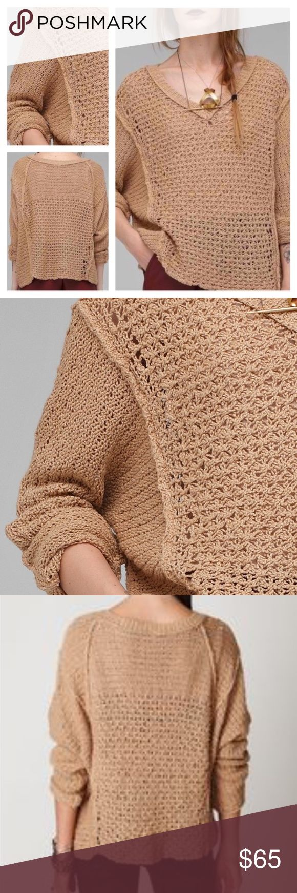 Free People Latina Coast Pullover Great condition - Loose fit Free People Sweaters V-Necks