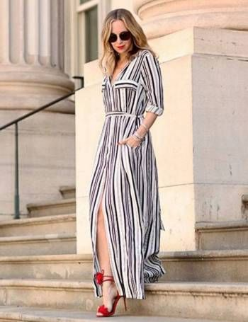 Lindíssimo vestido estilo chemise longo listrado branco. Modelo clássico elegante e sempre fashion.