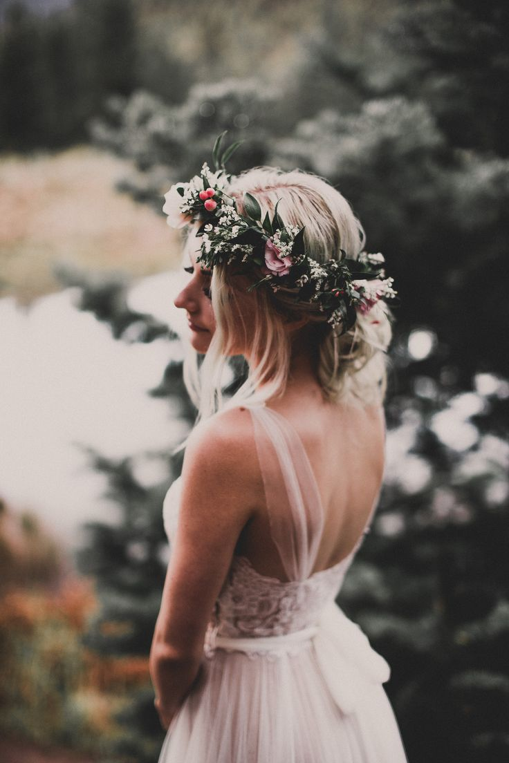 460 best flower crowns images on pinterest flowers in hair bridal aspyn ovard ferris beautiful dress and flower crown izmirmasajfo Images