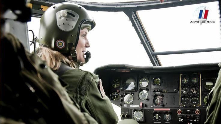 Longtemps réservés aux hommes, tous les emplois de l'armée de Terre se sont progressivement ouverts aux femmes. Aujourd'hui, la réglementation consacre l'égalité entre les sexes. #sengager #recrutement