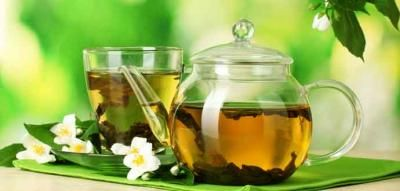 Green tea has some unimaginable advantages that facilitate us into increased brain function, impede the danger of cancer, fat loss and few a lot of. #greentea, #greenteabenefits