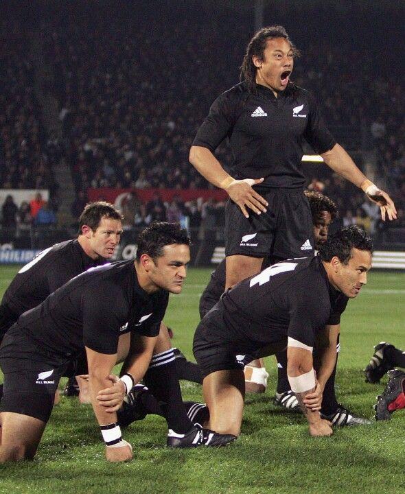Tana Umaga & The All Blacks team